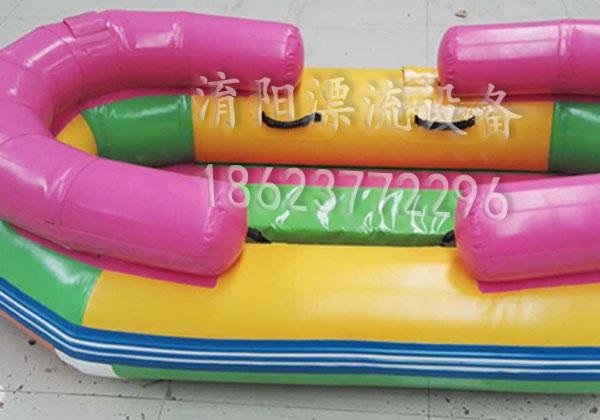 车间一角-四人排水漂流船
