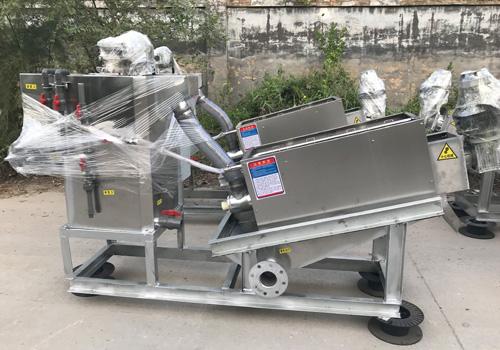 機械行業污泥脫水加工設備