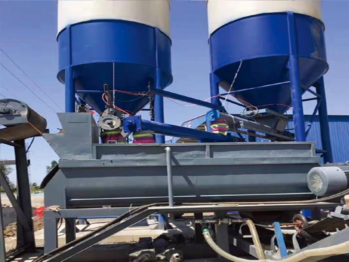 大型混凝土搅拌站每个部件的维护。