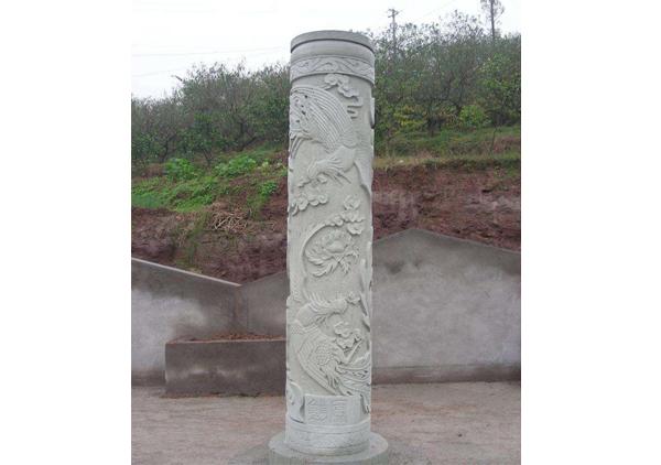 汉白玉石雕龙柱
