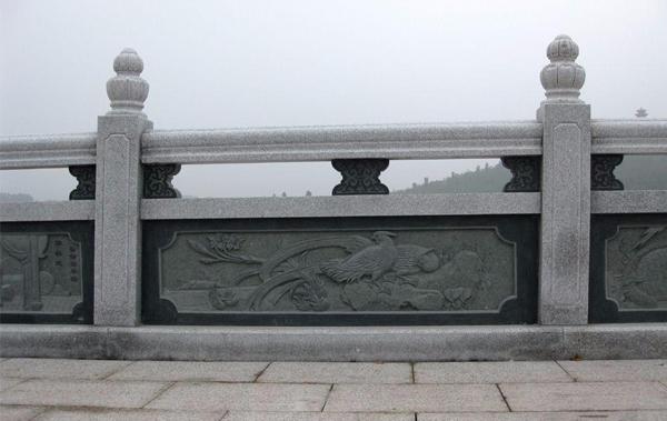 石雕栏杆在设计时,需要注意一些小细节