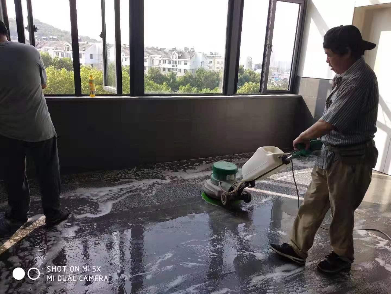 南京鼓楼玄武保洁公司常见的几个清洁服务项目