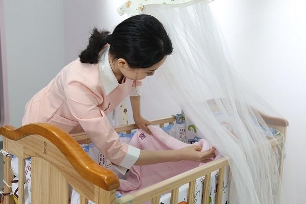 月嫂育婴培训