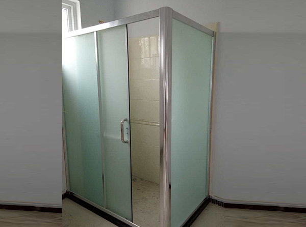 干湿分离淋浴房