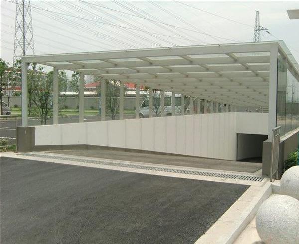 南阳小区玻璃雨棚施工完成!