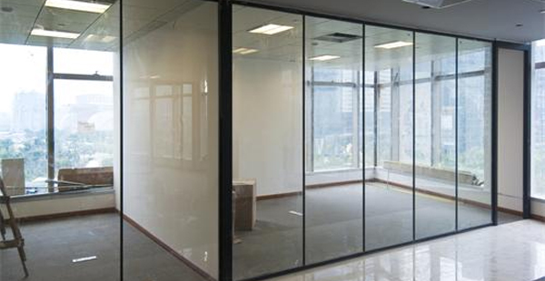 办公室玻璃隔断的分类,一起先…