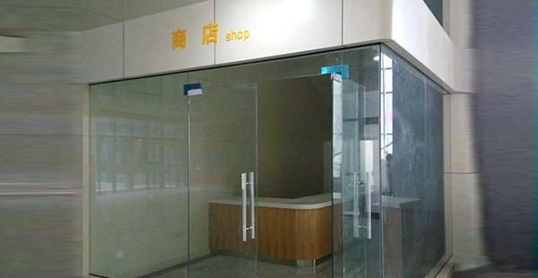 玻璃幕墙是否安装简单呢?具体的步骤来了解下