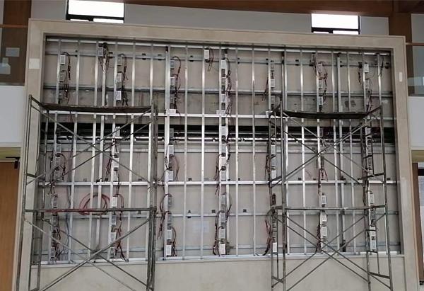 led显示屏在焊接时,应根据箱体结构分析