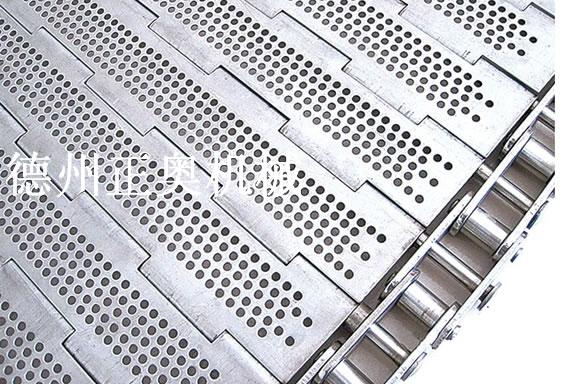 浅谈有关链板输送机的日常维护保养要点。