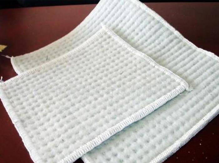 覆膜型膨润土防水毯