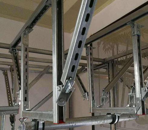 排烟风管防震支架