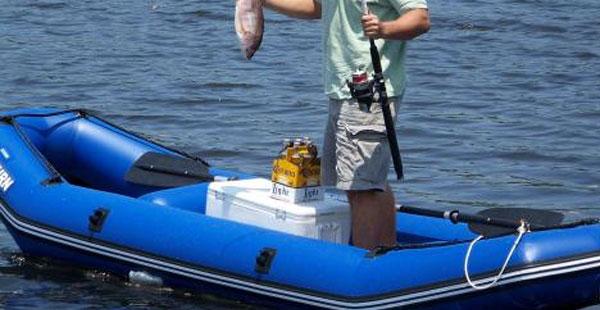 充气钓鱼船