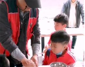 南阳市向阳幼儿园大三班赴归零文化村接受实训教育收效好
