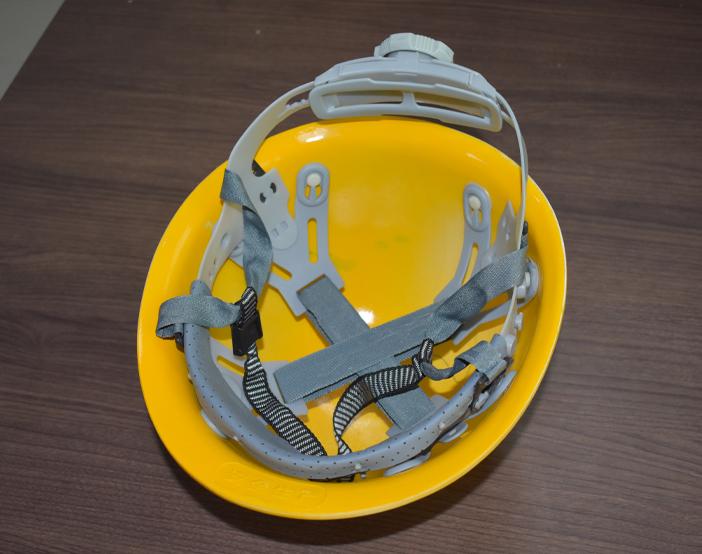 黄色头盔玻璃钢