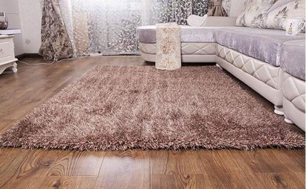 南阳地毯清洗公司教你自己动手清理羊毛地毯上的污渍