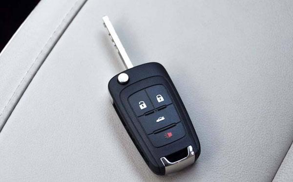 轿车遥控配钥匙不小心进水了要怎么做?像手机那样吗?
