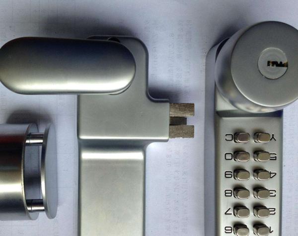 密码锁开/解锁