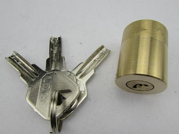 南阳开锁公司分享空转锁芯的使用原理