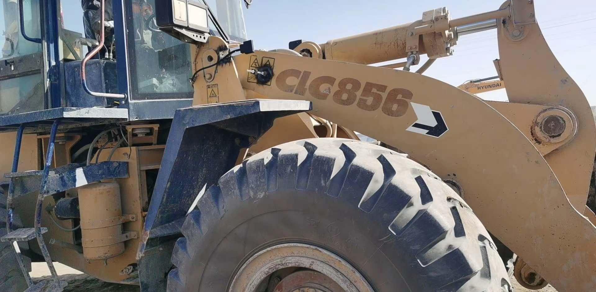坤宁衡器于10月3号在巴州|若羌柳工856铲车称安装调试完毕