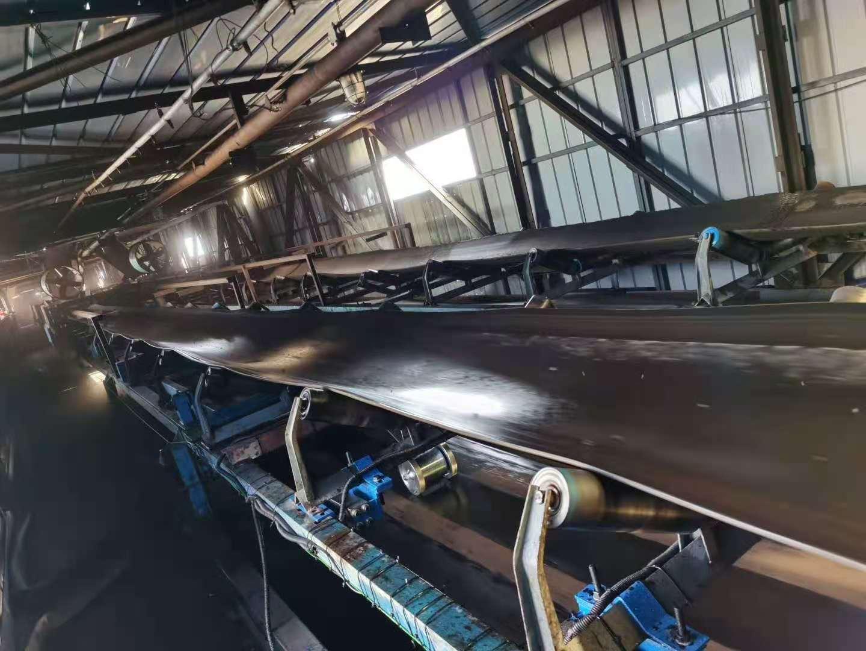 新疆坤寧衡器設備有限公司于11月2號在新疆烏蘇|額敏200米皮帶稱安裝調試完畢
