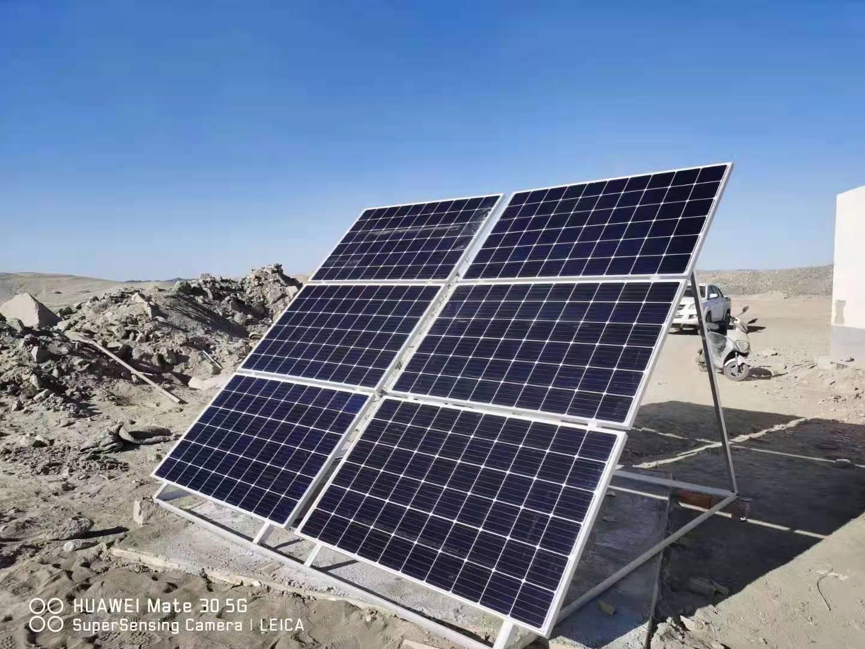 新疆哈密地磅無人值守稱重系統+太陽能一套安裝完畢