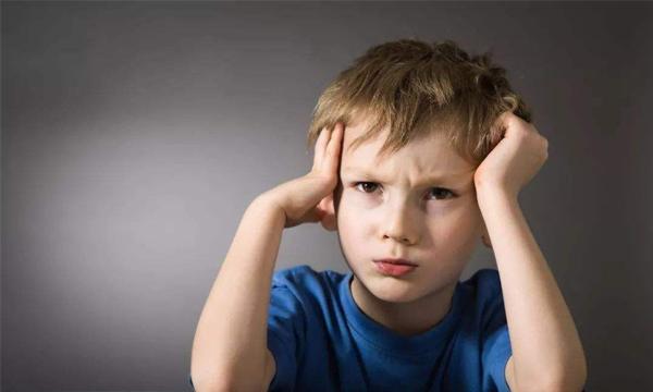 如何吸引自闭症孩子注意力?
