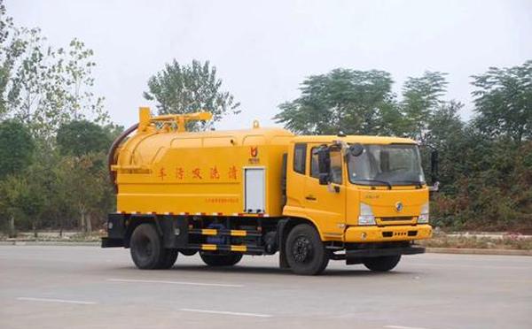 多雨季节怎样保养我们的吸污车呢?来看看