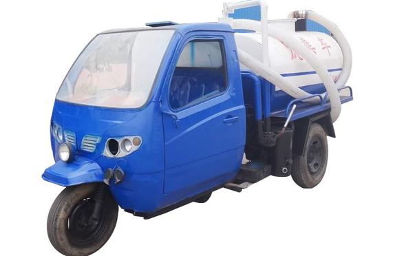 秋天时候三轮吸粪车是否需要热车呢?