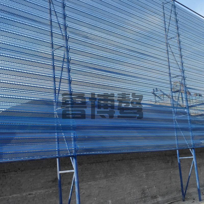防风抑尘网通过降低网内的风速…