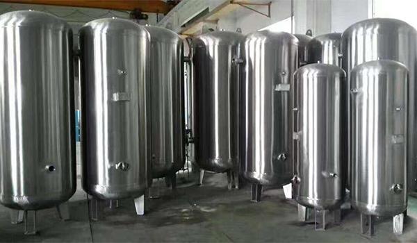 在冬天为了防止不锈钢储气罐被冻坏,我们该怎么做?