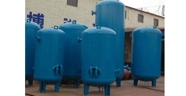 南阳立式碳钢储气罐