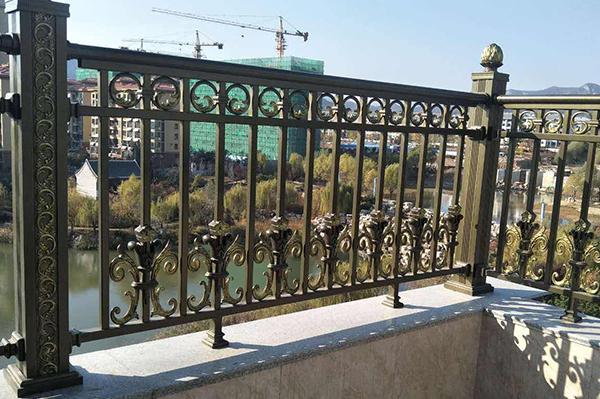 室外锌钢护栏