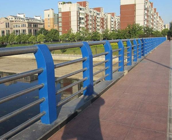 公路景观护栏