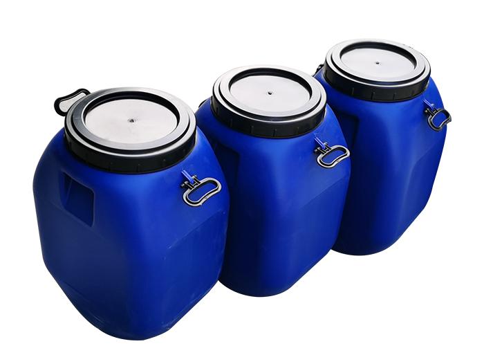 塑料桶厂家讲述开口塑料桶堆放及贮存。