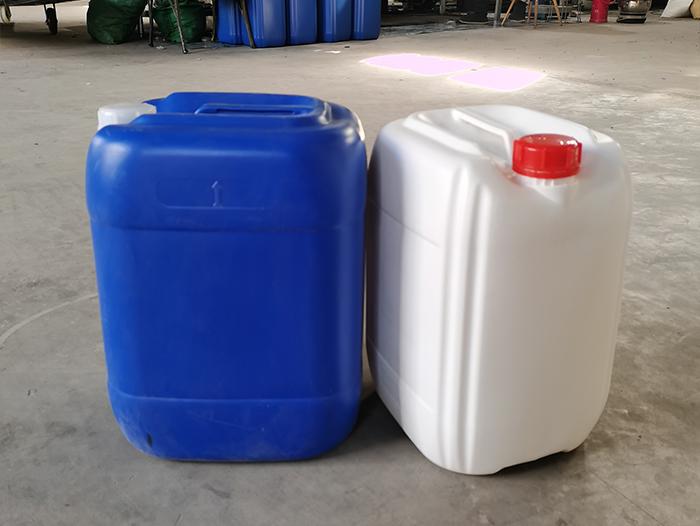 塑料桶生產廠家介紹影響塑料桶外觀亮度的因素?