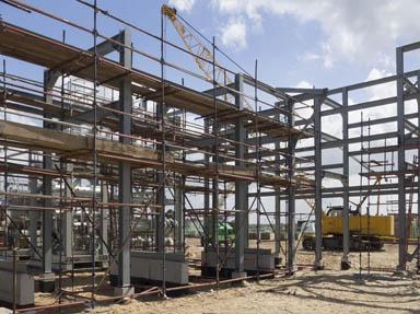 建筑鋼結構譜寫城市發展新篇章。