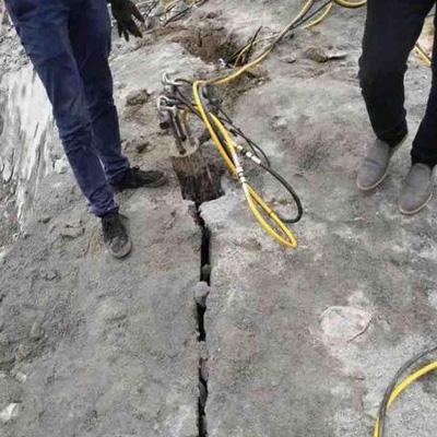 电动岩石劈裂棒