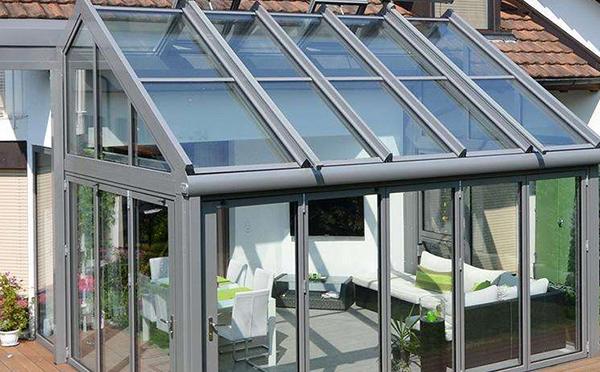 安装阳光房一般价格怎样核算的呢?