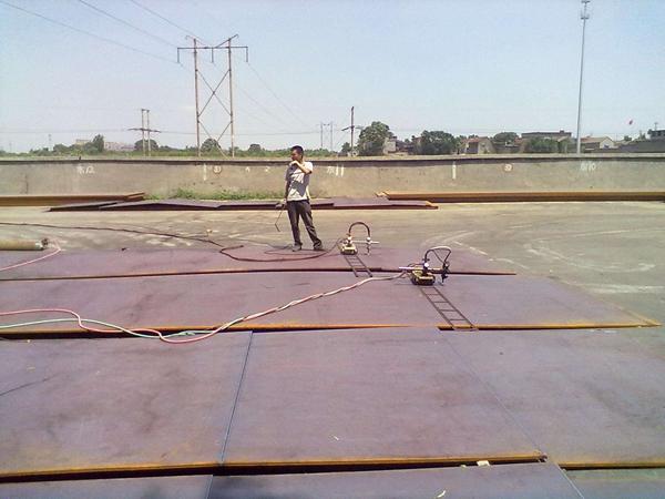 铺路钢板2