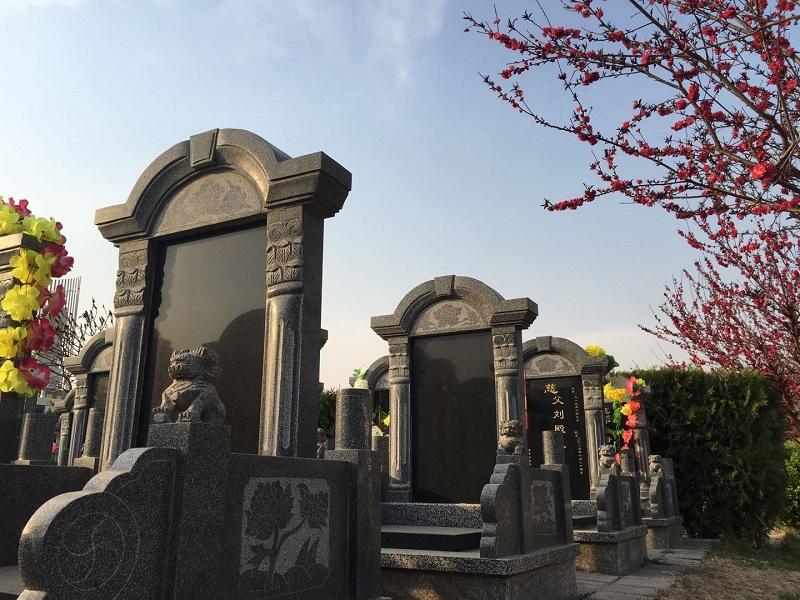 在涿州墓地中的墓碑图案的还是您知道是什么意思吗?