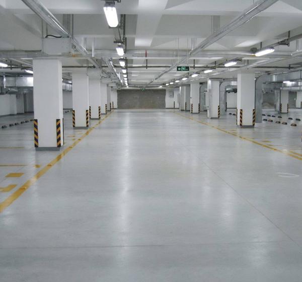 淅川一高停车场交通设施安装完成!