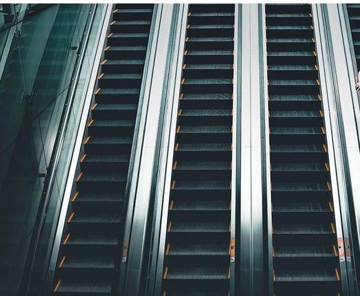 奧的斯無機房乘客電梯與有機房乘客電梯區別