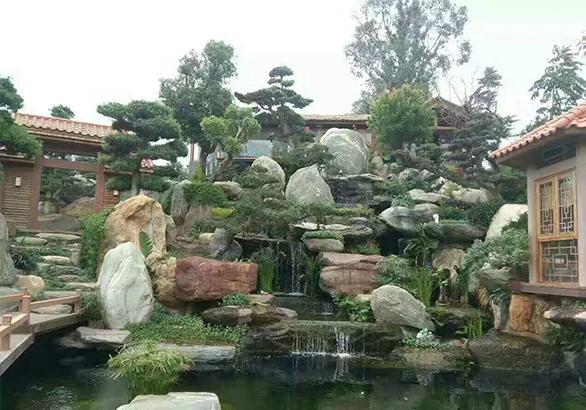 庭院假山水