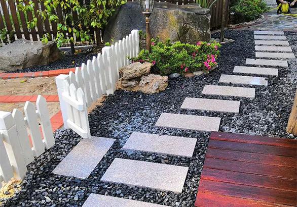 小庭院地面铺装