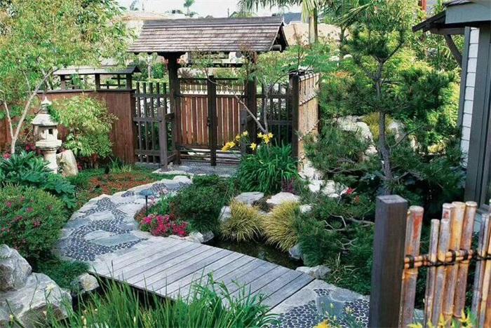 庭院设计中各种色彩的运用有什么讲究
