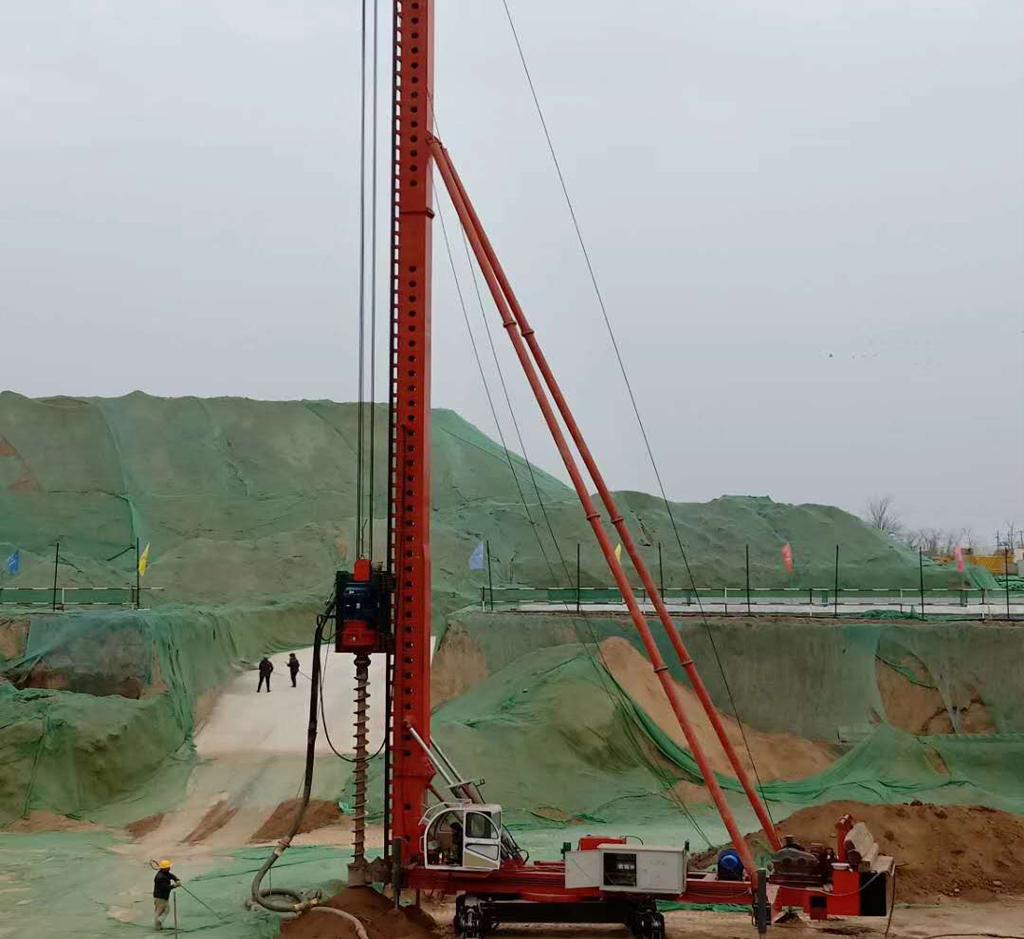安康漢陰縣開山液壓潛孔鉆機施工案例