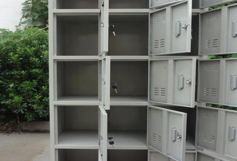 不锈钢整体衣柜