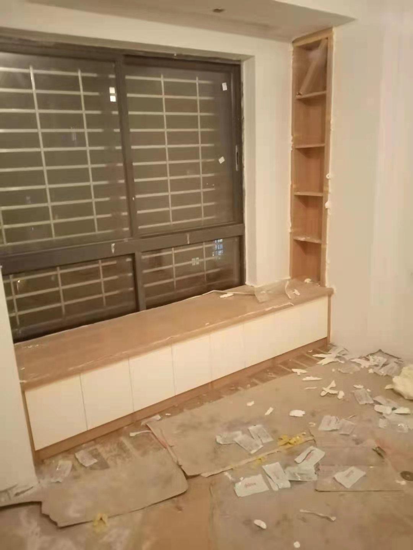 不锈钢储衣柜