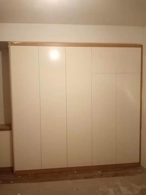 定制不锈钢衣柜