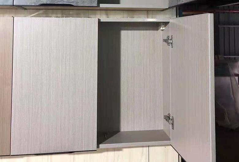 不锈钢木质厨柜